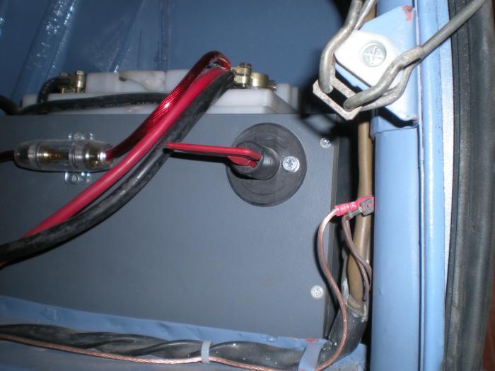 Odpojovač akumulátoru - Typ (univerzál)