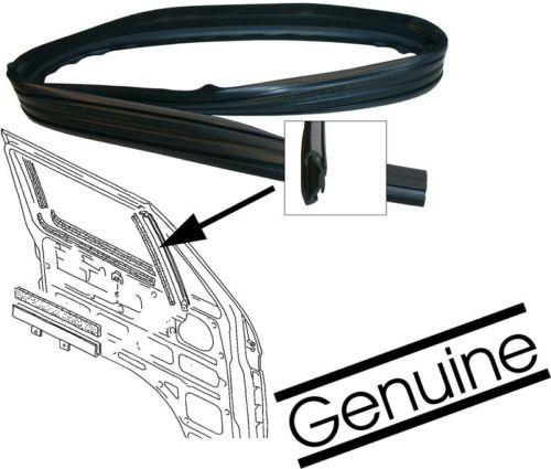 Těsnění příčky/pevná skla ventilace dveří/pár - Typ 25/LT/Golf/Jetta/Scirocco (1975 » 95)