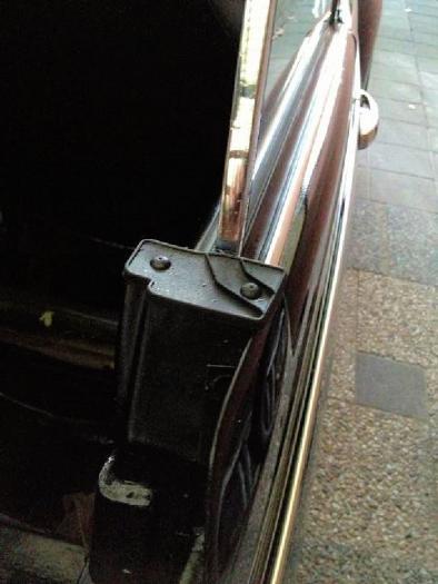 Kryt sloupku u dveří/horní L - T.1 1303 Cabrio (1972 » 80)