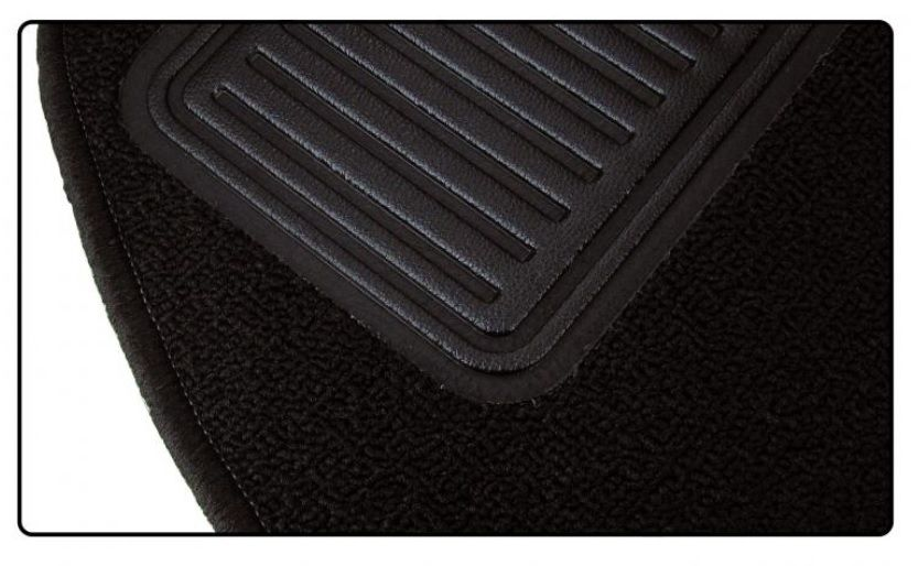 Koberce podlahy/černé - Typ 1 (1968 » 72)