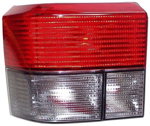 Světlo zadní/kouř/červené/L - Typ 4 (1990 » 03)