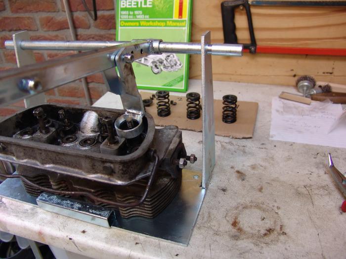 Nástroj/ventily motoru - Typ 1 motor (1.2-1.6)