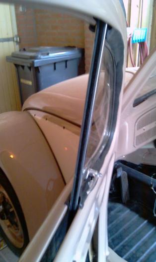 Sametky stahování skla dveří/ventilace - Typ 1 (1952 » 64)